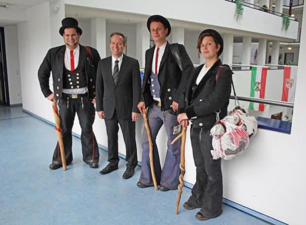 Jakob Scholz (v.l.), Klaus Grootens, Marvin Winder und Vanessa Graf. (Foto: OBK)