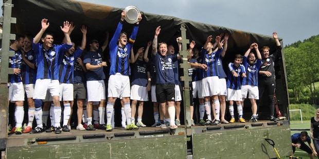 Photo of Fotos: FC Wiedenest-Othetal gewinnt letztes Heimspiel