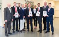 Holz-Richter unterstützt fünf weitere Jahre Lindlarer Schülerpreis