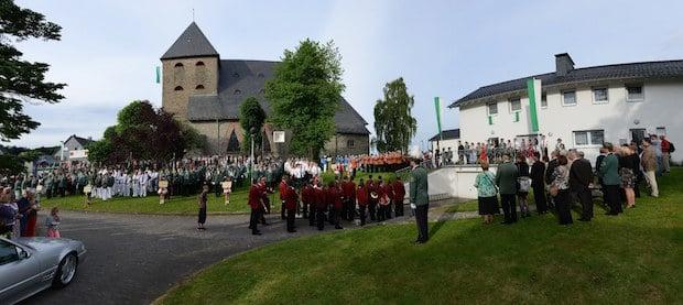 Photo of Lindlar: Schützen- und Volksfest in Frielingsdorf