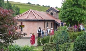 Morsbach: Neue Rita-Kapelle in Bettorf eingesegnet