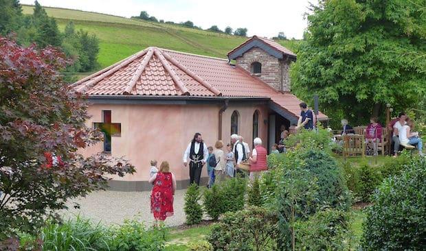 Photo of Morsbach: Neue Rita-Kapelle in Bettorf eingesegnet
