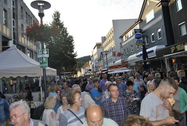 Photo of Gummersbach: Lindenplatz Open-Air 2016 lockte Besucher an
