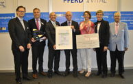 Marienheide: August Rüggeberg nimmt Gesundheitspreis 2016 entgegen