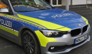 Reichshof: Frontalzusammenstoß in Kreisverkehr