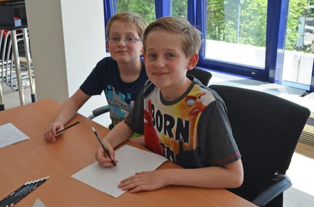 Doppelte Freude für Familie Hagen aus Wipperfürth: Die Zwillinge Sven (l.) und Björn sicherten sich den zweiten und den den vierten Platz. (Foto: OBK)