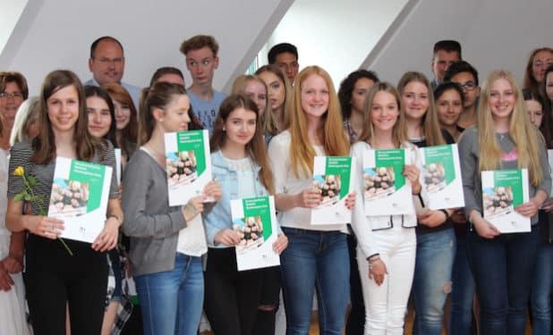 In Wiehl konnten 31 Sozialführerschein überreicht werden. (Foto: OBK)