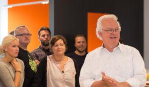 """Radevormwald: Eröffnung des Gira Mitarbeiter-Restaurants  """"Richtig chic!"""""""