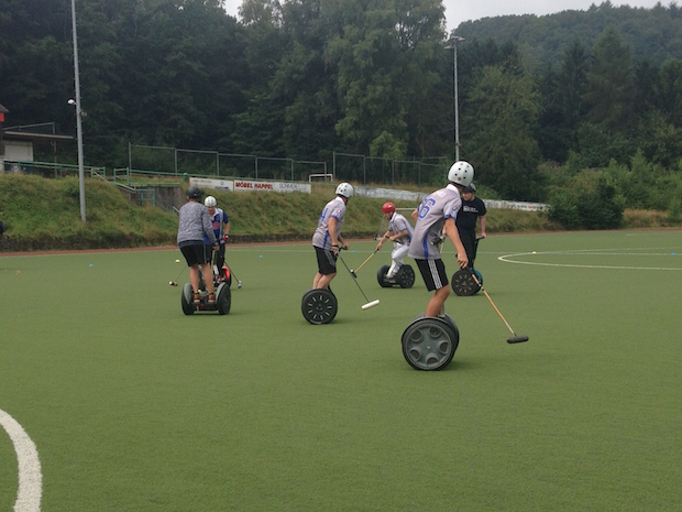 Photo of Hückeswagen: Ein Herz für Segway-Polo