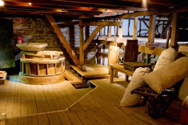 Die Mühle auf Schloss Homburg bietet interessante Geschichten. (Foto: Stefan Arendt, LVR)