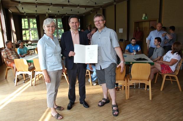 """Photo of Finanzielle Unterstützung von der Wiehler Sozialstiftung für den """"Bergdörfer-Treff"""""""