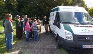 Bergisches Naturmobil besucht Kinder des Förderkreises für Kinder, Kunst & Kultur