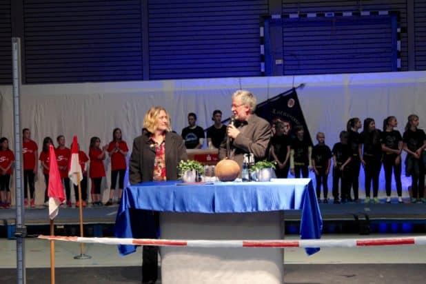 Moderatoren und Organisatoren Andrea Grimberg und Michael Zwinge Foto: Sven Oliver Rüsche