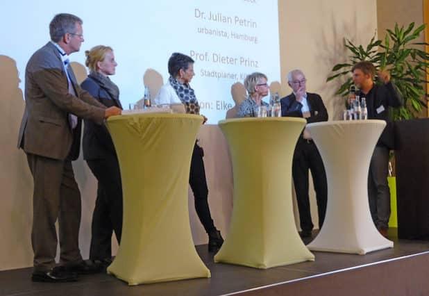 Die Veranstaltung bot einen ersten inhaltlichen Einblick zur REGIONALE-Bewerbung und wurde mit einer Podiumsdiskussion beendet. (Foto: OBK)