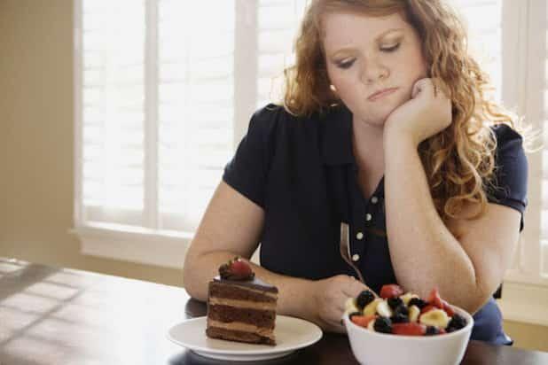 Es ist gar nicht so leicht, auf Leckereien zu verzichten. Aber mit einer individuellen Ernährungsumstellung kann man genussvoll, effektiv und dauerhaft Gewicht reduzieren. (Quelle: djd/Leichter Leben)
