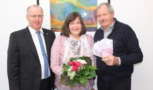 Lindlar: 5.000 Euro beim Gewinnsparen gewonnen