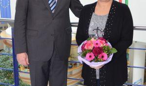 Der Oberbergische Kreis gratuliert Evelin Gross zum 25-jährigen Dienstjubiläum