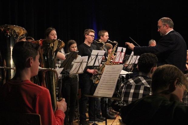 Photo of Konzert der Musikschule Morsbach machte Lust auf Musik