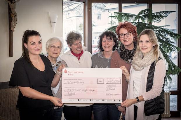 Photo of Marienheide: Azubis spenden für Hospizarbeit