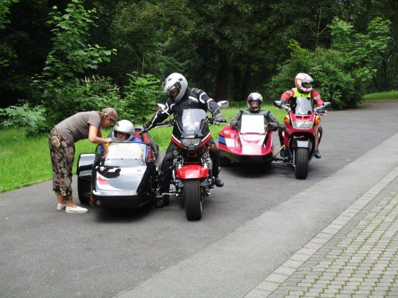Photo of Oberberg: Motorrad-Gespannfahrer gesucht