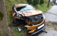 Hückeswagen: PKW prallt vor LKW