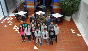 Förderkreis-Kinder im Kochstudio der AggerEnergie