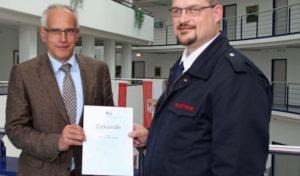 Der Oberbergische Kreis gratuliert Andreas Beckmann zum 25-jährigen Dienstjubiläum
