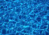 Wassergymnastik im Schwimmbad des Phönix Hotels