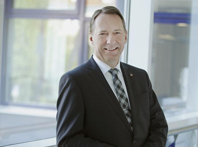 Photo of Landrat Jochen Hagt richtet Weihnachtsgrüße an Bürger und Bürgerinnen