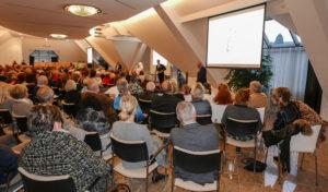 100 Jahre Lions Club- mit Kunst zum Spendencheck