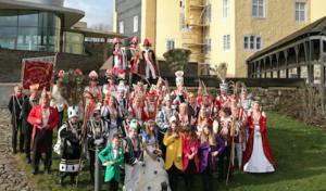 Oberbergische Tollitäten präsentierten sich auf Schloss Homburg