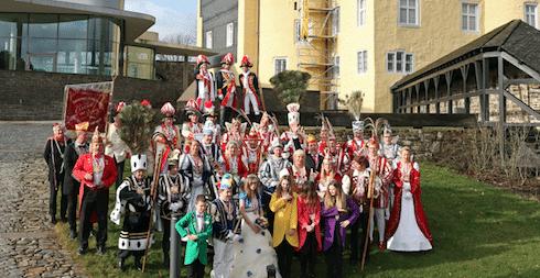 Photo of Oberbergische Tollitäten präsentierten sich auf Schloss Homburg