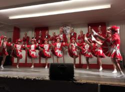 Karneval Belmicke - Die roten Funken faszinierten ihren Elferrat.