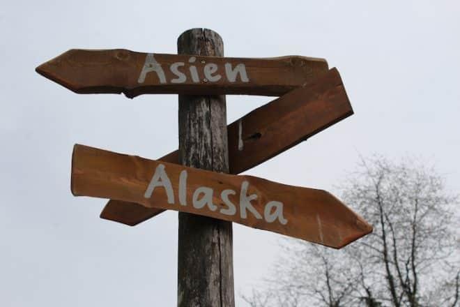 Photo of ZOOM Erlebniswelt Alaska – Taufe im Eisbärgehege