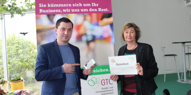 Gründermesse Gummersbach – Oleg Stab verspricht gratis Versicherungen