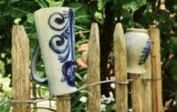 Kreative Ideen den Gartenzaun zu dekorieren