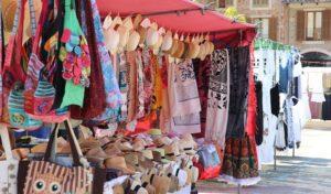 Kindertrödel auf dem Altstadtfest: Für die Kleinsten ist immer noch Platz