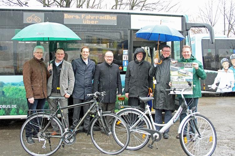 Photo of Neue Angebote zum 3. Saisonstart der Bergischen FahrradBusse