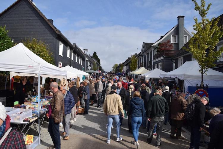 Photo of 12. Bergischer Prüllenmarkt im historischen Ortskern Nümbrechts