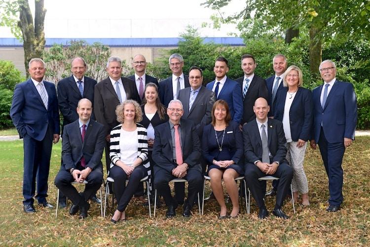 Photo of Bergisches Land Volksbank feiert 50 Jahre Erfolg, Treue und Loyalität