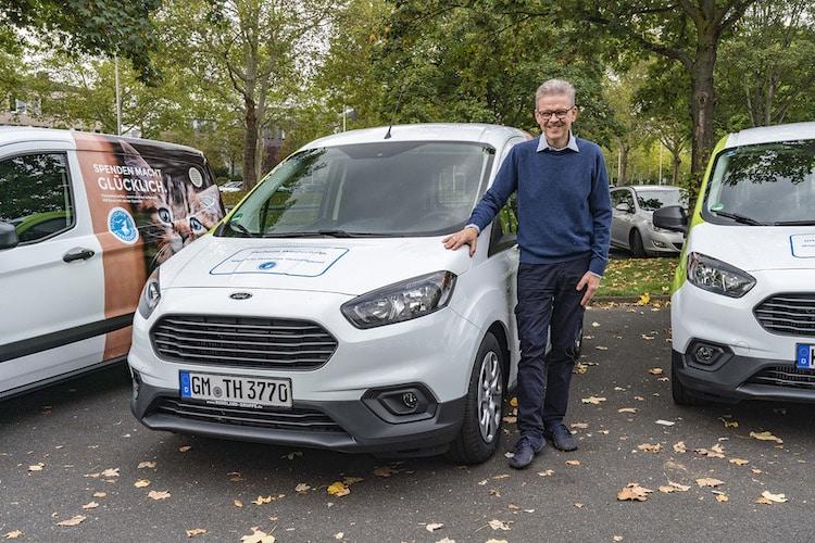 Photo of Tierschutzverein Wipperfürth freut sich über einen Tierhilfewagen