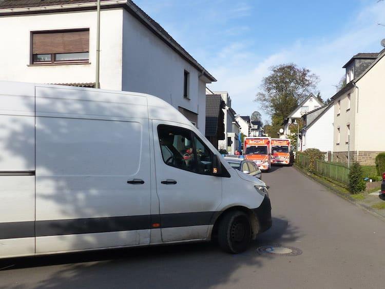 Photo of Lindlar – Fußgängerin bei Unfall lebensgefährlich verletzt