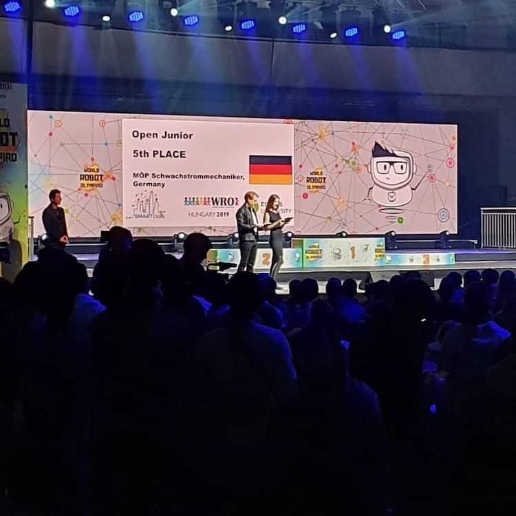 DBG Wiehl erfolgreich bei der World Robot Olympiad in Ungarn - Oberberg Nachrichten | Am Puls der Heimat.