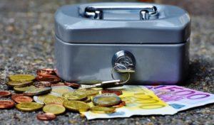 Einbruch in Schmuck- und Friseurgeschäft – Bargeld erbeutet
