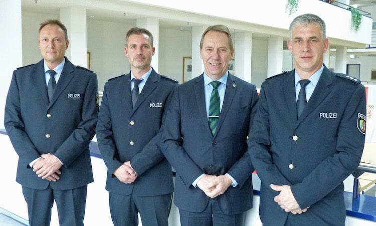 Photo of Drei neue Bezirksbeamte für Gummersbach Bergneustadt und Lindlar