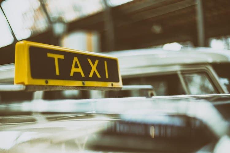 Photo of Taxifahrer bedroht – Fahrpreis nicht bezahlt in Hückeswagen