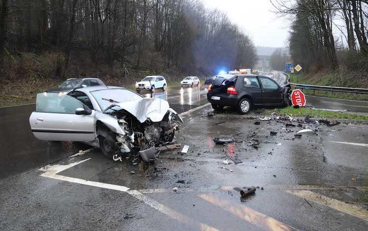 2020-03-12-Verkehrsunfall