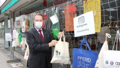 Photo of 300 Beutel für den Gabenzaun – Kreis unterstützt Aktion