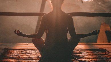 Yoga hilft dabei den Hormonhaushalt zu regulieren.