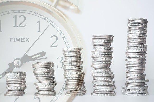 Zu einem finanziellen Engpass kann es schnell kommen. Ein Kredit ist für viele dann die Lösung.